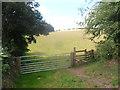 SO9678 : Stile and gate near the Manchester Inn by Row17