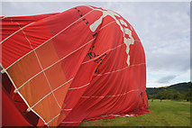 NO2427 : Deflating the envelope of a hot air balloon at Westown by Mike Pennington