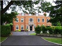 TQ0893 : New house, Pembroke Road by Alex McGregor