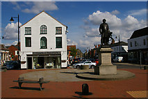 TF4066 : Spilsby: marketplace and memorial to Sir John Franklin by Christopher Hilton
