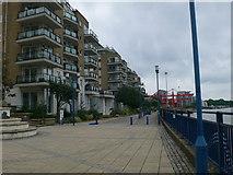 TQ2575 : Riverside Walk, Wandsworth by Eirian Evans