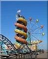 TA3009 : Cleethorpes beach funfair rides by Steve  Fareham