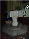 TQ1649 : St Martin, Dorking: font by Basher Eyre