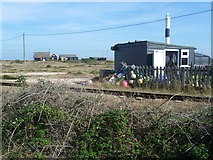 TR0916 : Shack by the railway on Dungeness by Marathon