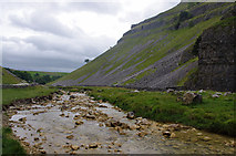 SD9163 : Gordale Beck by Ian Taylor