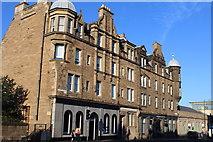 NT2774 : Earlston Place, London Road, Edinburgh by Leslie Barrie