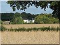 SU9549 : Blackwell Farm by Alan Hunt