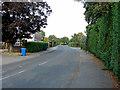 TQ0074 : Station Road, Wraysbury by Alan Hunt