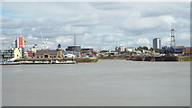 TQ3980 : Mouth of the River Lea, near Canning Town by Malc McDonald
