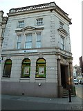 SY6990 : LLoydsTSB, South Street by Basher Eyre