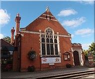 SU7682 : Christ Church United Reformed Church Hall, Henley-on-Thames by Michael FORD