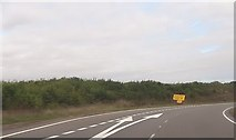 SU4773 : Start of slip road to Chieveley by John Firth