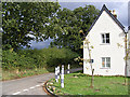 TM1042 : Primrose Cottage & Pigeon's Lane by Adrian Cable