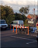 ST3090 : Bungee cage leaves the ground, Three Horseshoes, Malpas, Newport by Jaggery
