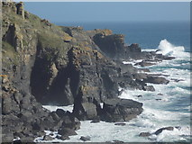 SW7011 : The Lizard: dramatic cliffs below the lighthouse by Chris Downer