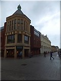 SX9292 : Queen Street, Exeter by David Smith