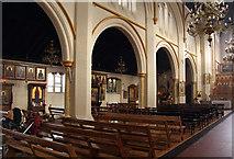 TQ2876 : St Bartholomew, (now St Nectarios), Battersea - North arcade by John Salmon