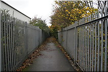 TA0827 : A path leading to Subway Street, Hull by Ian S