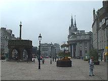 NJ9406 : Aberdeen Mercat Cross, Castlegate by JThomas