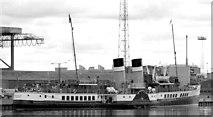 "J3475 : The ""Waverley"" at Belfast by Albert Bridge"