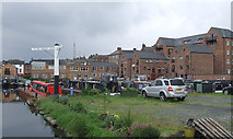 SO8171 : Moorings and new housing in Stourport, Worcestershire by Roger  Kidd