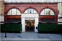 TQ2879 : Wellesley Hotel, Hyde Park by Jim Osley