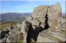 SO2718 : Crags on Sugar Loaf by Philip Halling