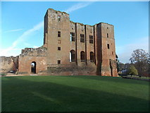 SP2772 : Kenilworth: the castle keep by Chris Downer