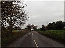 TM3775 : Entering Walpole on the B1117 Halesworth Road by Adrian Cable