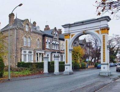 TA0830 : Pearson Avenue, Kingston upon Hull by Bernard Sharp
