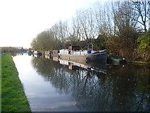 TQ2282 : Paddington Arm of the Grand Union Canal looking towards Scrubs Lane by Marathon