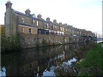 TQ2482 : Houses along the Paddington Branch of the Grand Union Canal by Marathon