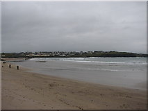 C8540 : West Bay Portrush on New Year's Day by Willie Duffin