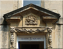 ST7464 : Detail of 3 Queen Square, Bath by Stephen Richards