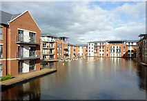 SO8171 : New apartments by new canal basin, Stourport, Worcestershire by Roger  Kidd