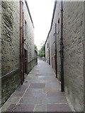 HU4841 : Chromate Lane by Richard Webb