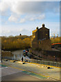 TQ3083 : Regent's Canal at King's Cross by Julian Osley