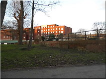 TQ3473 : Flats between Dulwich Common and Lordship Lane by David Howard