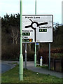 TM4489 : Roadsign on Lowestoft Road by Adrian Cable
