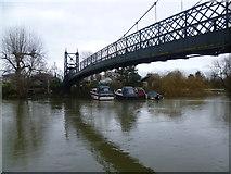 TQ1667 : The footbridge to Thames Ditton Island by Marathon