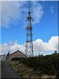 J3630 : Arqiva's Drinnahilly (Newcastle) 10705 transmitter by Eric Jones