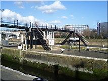 TQ3882 : Bow Tidal Locks by Marathon