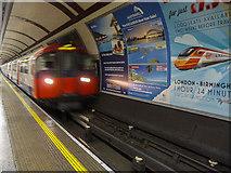 TQ2879 : Hyde Park Corner Station, Eastbound Platform, London SW1 by Christine Matthews