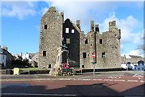 NX6851 : MacLellan's Castle and War Memorial, Kirkcudbright by Billy McCrorie