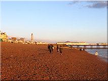 TQ3003 : Brighton Beach by Simon Carey