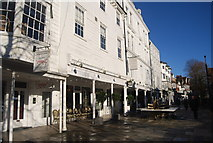 TQ5838 : The Tunbridge Wells Hotel by N Chadwick