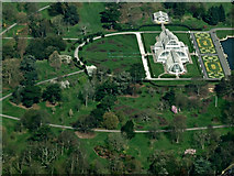 TQ1876 : Kew Gardens from the air by Thomas Nugent