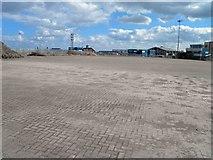 TA2711 : Deserted loading area at Grimsby Docks by Steve  Fareham