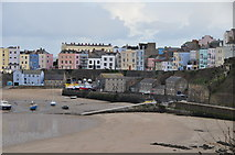 SN1300 : Tenby : North Beach & Harbour by Lewis Clarke