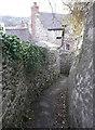 SK2854 : Footpath off Chapel Lane by Humphrey Bolton
